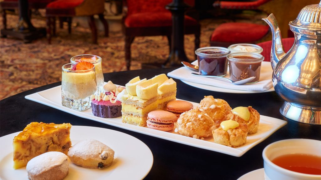 Hotel-des-indes-high-tea